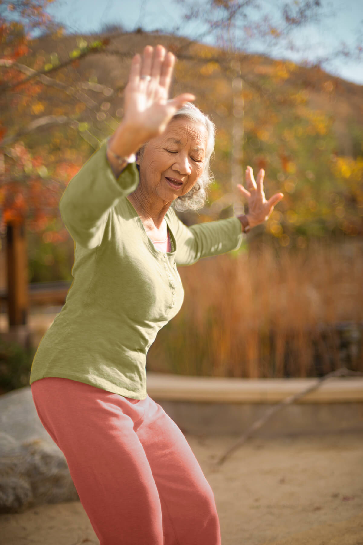 Elder in Los Angeles practising Tai-Chi for better health.